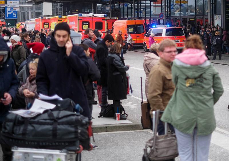 terror Εκκενώθηκε το αεροδρόμιο του Αμβούργου: Εντοπίστηκε άγνωστη ουσία