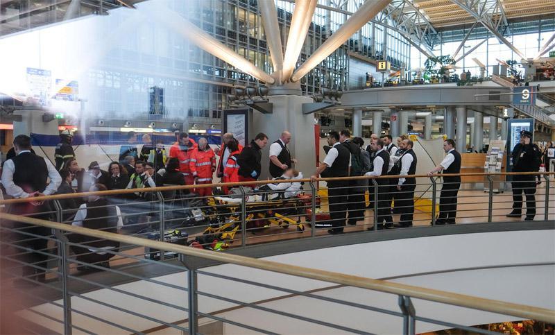 terror4 Εκκενώθηκε το αεροδρόμιο του Αμβούργου: Εντοπίστηκε άγνωστη ουσία