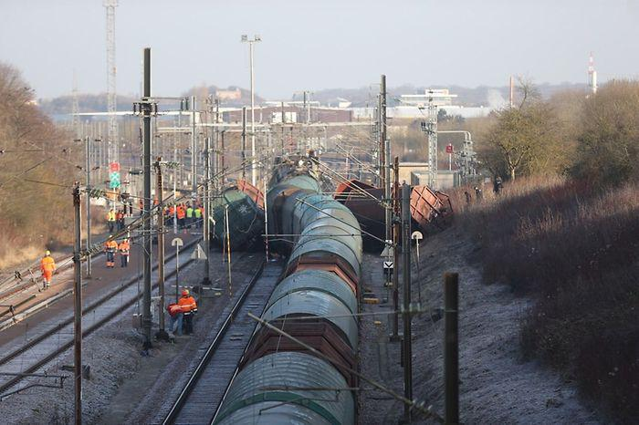 treno-sugkrousi-louksemvourgo-4 Ένας νεκρός και 6 τραυματίες από σύγκρουση τρένων στο Λουξεμβούργο [εικόνες]