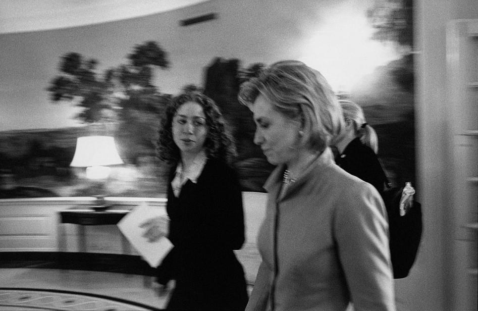 xilari-bill11-500 Αυτές είναι οι 15 άγνωστες φωτογραφίες της Χίλαρι Κλίντον ως Πρώτη Κυρία