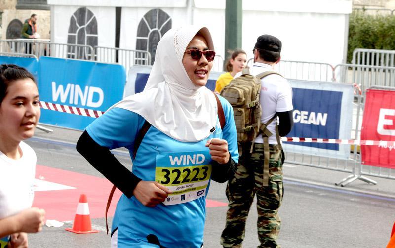 mar3 Ημιμαραθώνιος Αθήνας: Στο τρέξιμο πολιτικοί, γονείς, αθλητές και χιλιάδες κόσμου [εικόνες]