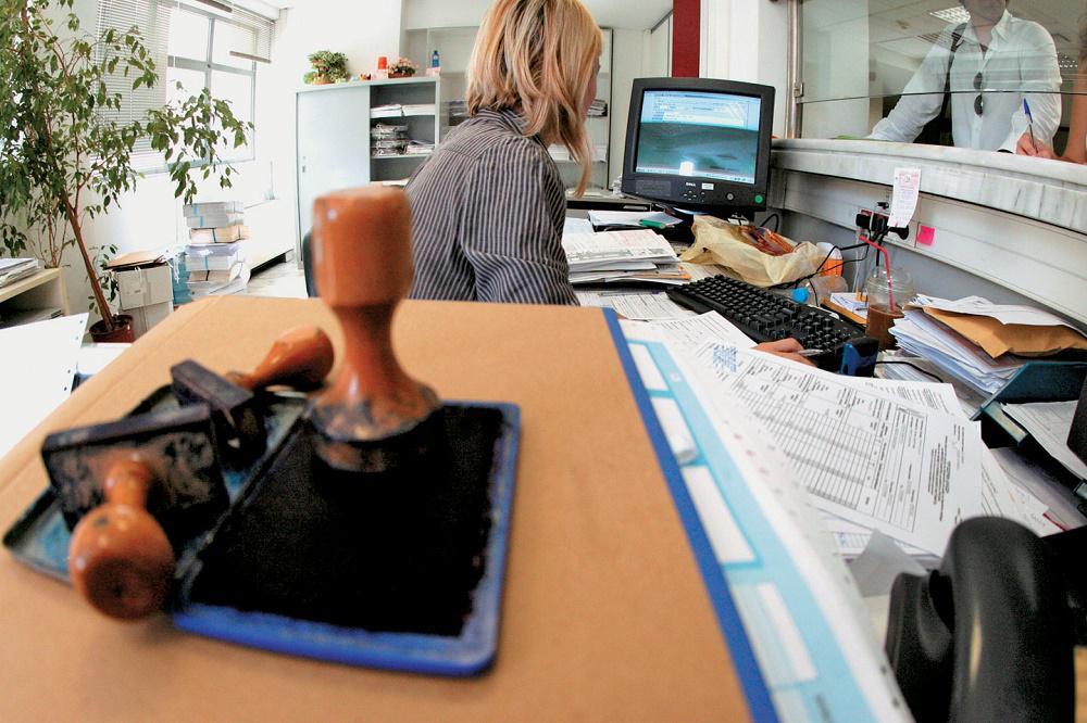 Διάτρητο το σύστημα προαγωγών που θέσπισε ο ΣΥΡΙΖΑ στο δημόσιο