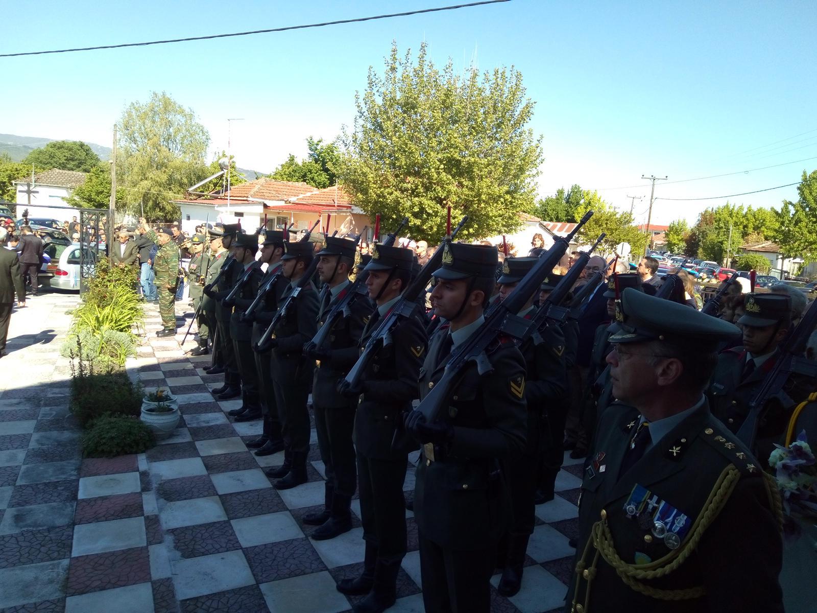 kidieia-paron-eksi Σπαραγμός στις κηδείες των στελεχών των Ενόπλων Δυνάμεων που σκοτώθηκαν με το μοιραίο Χιούι