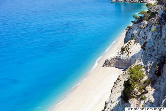 o-EGREMNI-LEFKADA-570-16 Ιδού οι17 τελευταίες παρθένες παραλίες της Ευρώπης - Οι 3 είναι ελληνικές! [εικόνες]