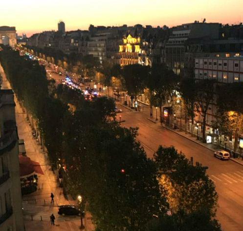 paris1 Ανταλλαγή πυροβολισμών στο Παρίσι - Νεκρός ένας αστυνομικός και ο δράστης [βίντεο]