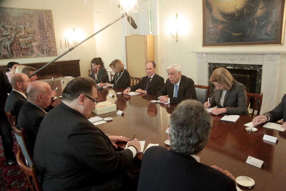 pavlopoulos-axepans-1300 Παυλόπουλος: Κανείς δεν μπορεί να αμφισβητήσει τη συνθήκη της Λωζάνης χωρίς να έχει κυρώσεις