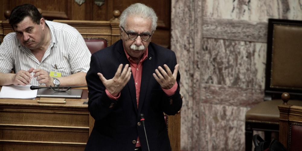Καταγγελία Γαβρόγλου: Δήλωσαν κάτοικοι Μάνδρας για να ευεργετηθούν από τον νόμο