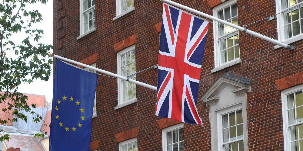Brexit: Αυτά είναι τα τέσσερα σενάρια για τις επόμενες μέρες