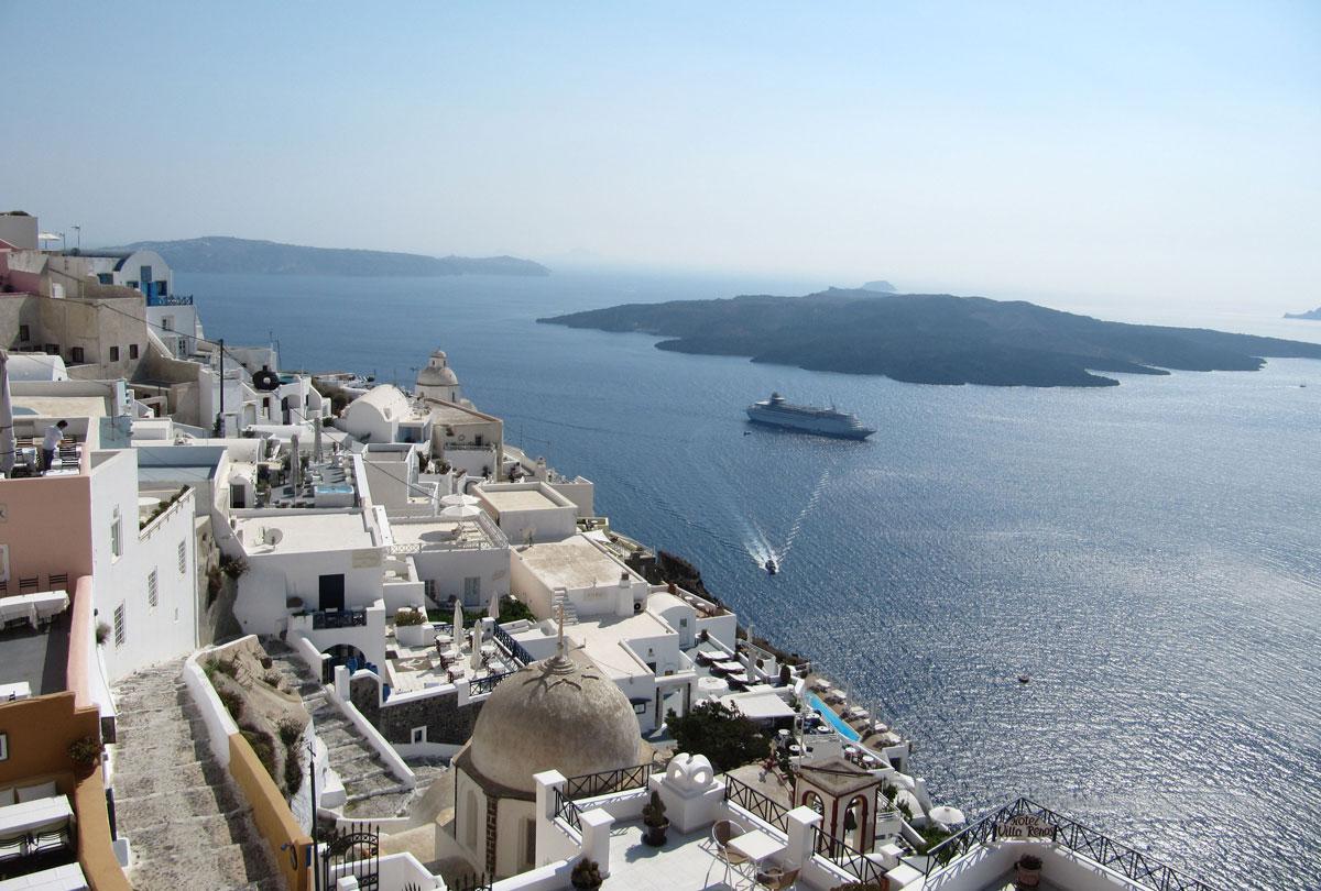 TUI: Ελλάδα και Κύπρος ανάμεσα στους βασικούς προορισμούς αυτό το καλοκαίρι