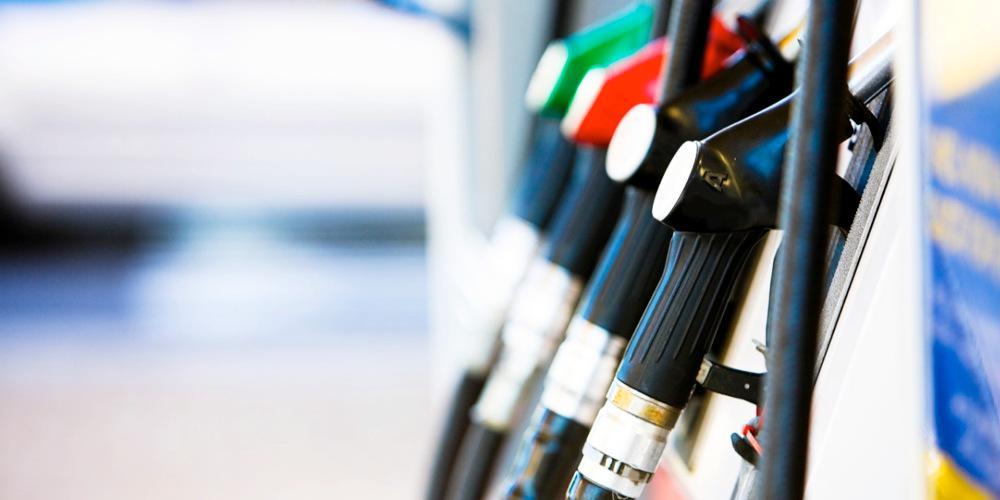 «Φωτιά» τα καύσιμα - Η υποχώρηση των διεθνών τιμών δεν… ήρθε Ελλάδα
