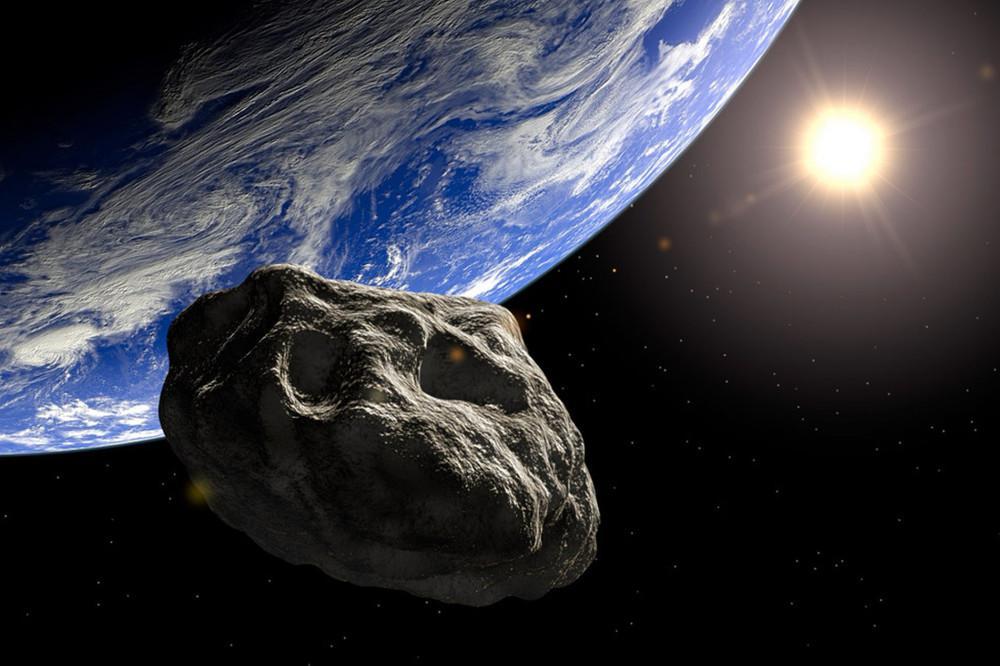 Αυτό μας έλειπε: Αστεροειδής όσο το Άγαλμα της Ελευθερίας περνά ξυστά από τη Γη σύμφωνα με την NASA