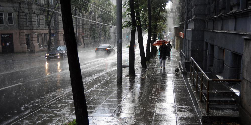 Καιρός: Αλλάζει το σκηνικό - Πτώση της θερμοκρασίας και καταιγίδες