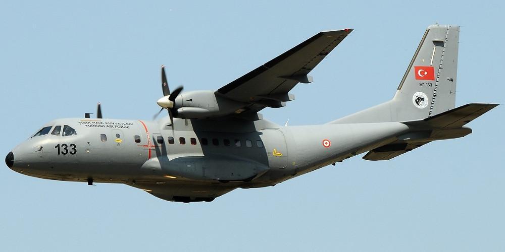Δύο τουρκικά κατασκοπευτικά αεροσκάφη έκαναν 24 παραβιάσεις στο Αιγαίο