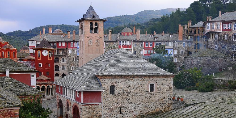 Από το 2017 έκλεβε ο Ρουμάνος τάματα από το Άγιο Όρος