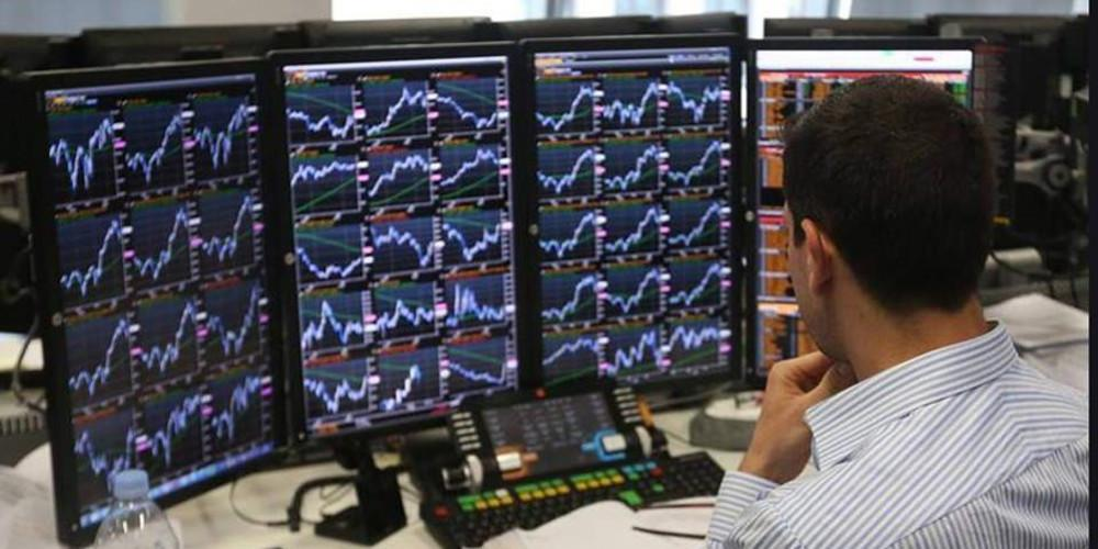 Reuters: Ρεκόρ 10ετίας στα ελληνικά ομόλογα – Κάτω από το 2% οι αποδόσεις