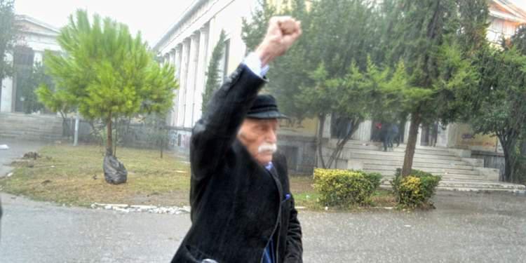 Ο πολιτικός κόσμος αποχαιρετά τον Μανώλη Γλέζο