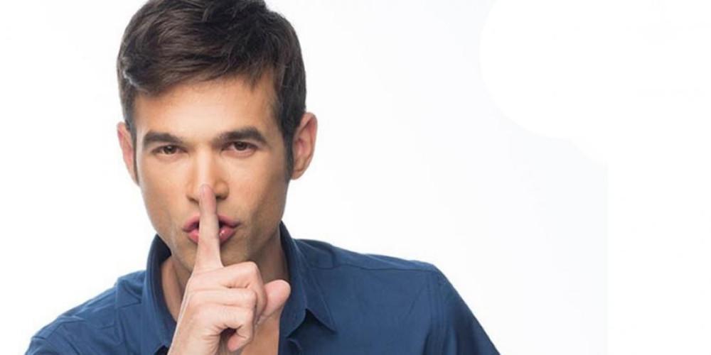 Μένιος Φουρθιώτης: Οι κλήσεις, τα μηνύματα και ο ανώνυμος πληροφοριοδότης