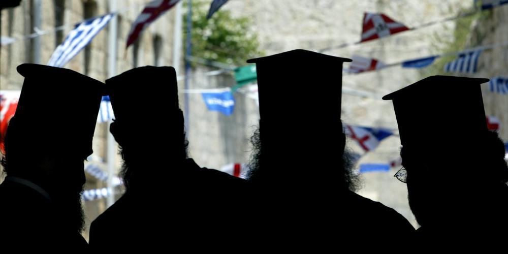 Μητροπολίτης Μεσσηνίας Χρυσόστομος: Μπιλιάρδο στις πλάτες των κληρικών τα περί 10.000 προσλήψεων