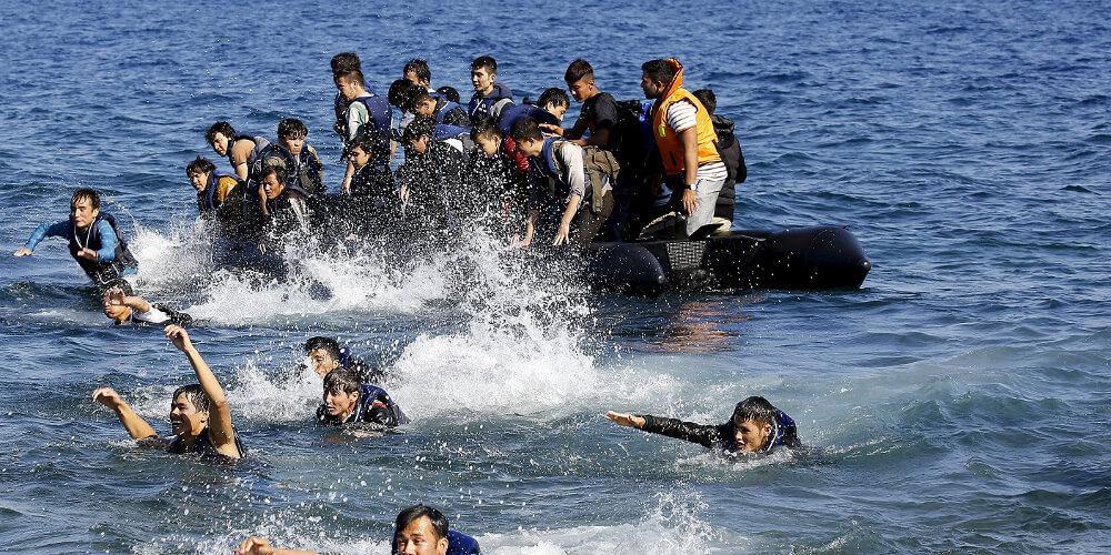 Έκτακτο ΚΥΣΕΑ για τα προσφυγικά κύματα από την Τουρκία που φτάνουν στα νησιά μας