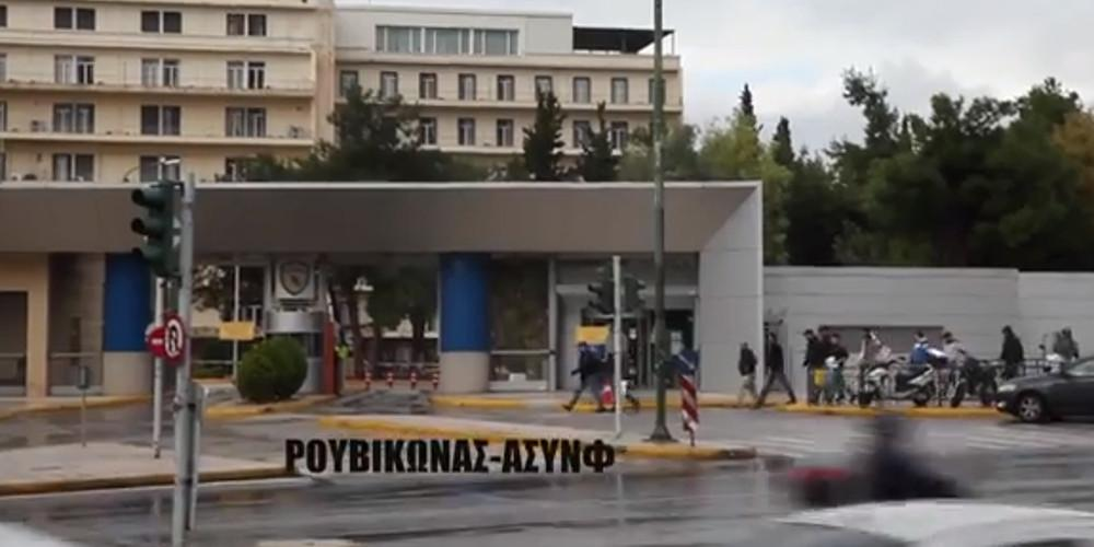 http://www.eleftherostypos.gr/wp-content/uploads/2017/11/roubikonas-1000.jpg