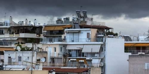 Στην… ουρά αγοραστές για σπίτια 30ετίας και οικόπεδα