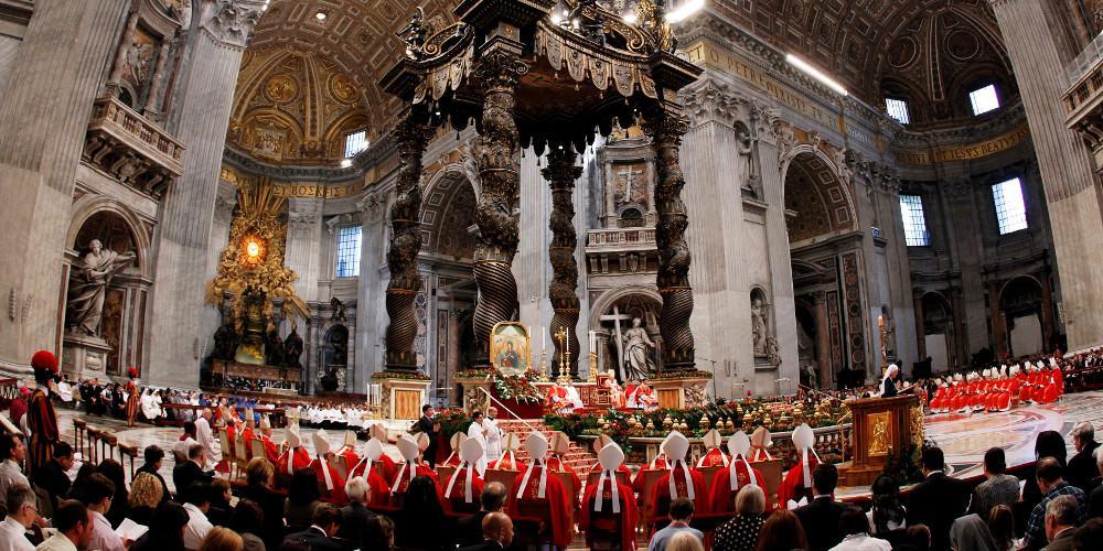 Σεξουαλικό σκάνδαλο στο Βατικανό αποκάλυψε τηλεοπτικός σταθμός του Μπερλουσκόνι