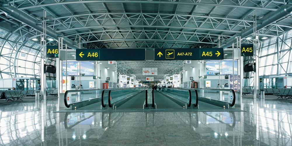 Καταγγελία-σοκ: Γερμανοί αστυνομικοί ελέγχουν επιβάτες σε ελληνικό αεροδρόμιο