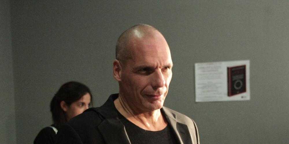 Βαρουφάκης: Η κυβέρνηση υπόσχεται στον ελληνικό λαό θεάματα χωρίς άρτο και καταστολή