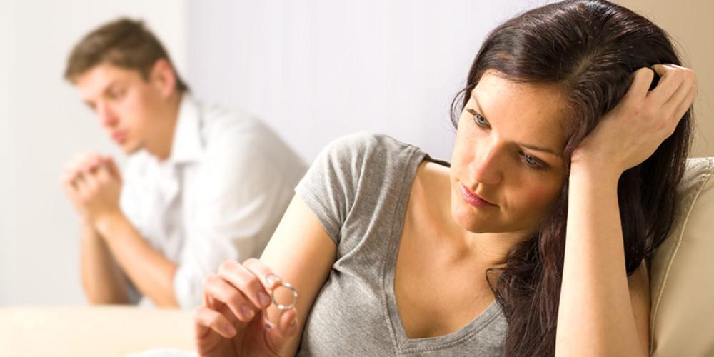 Το εξπρές διαζύγιο μέσω συμβολαιογράφου είναι πια νόμος του κράτους