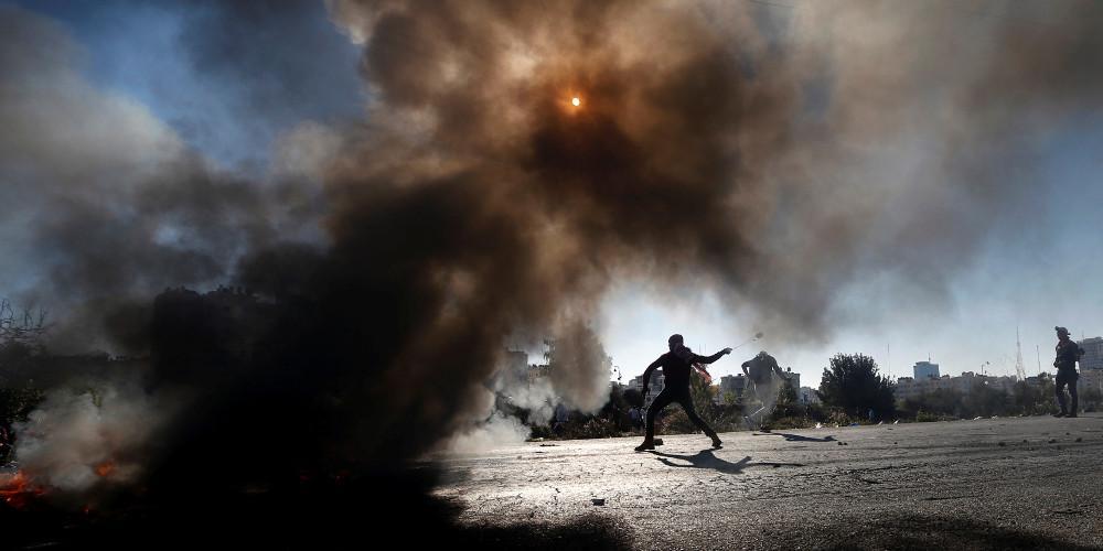 Αιματηρές συγκρούσεις στην Δυτική Όχθη: Δύο νεκροί και 200 τραυματίες στην Γάζα