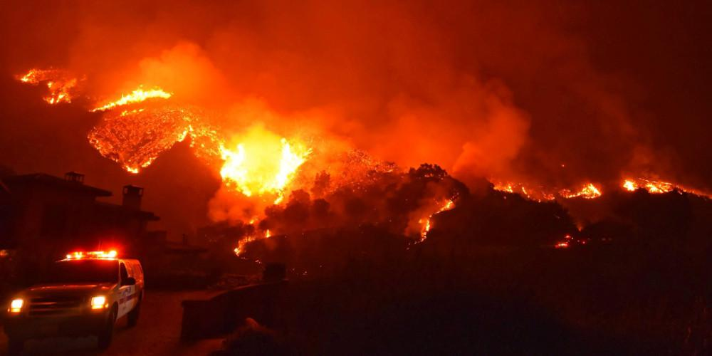 Μεγάλη πυρκαγιά στη Βόρεια Καλιφόρνια – Εκκενώνονται κατοικημένες περιοχές