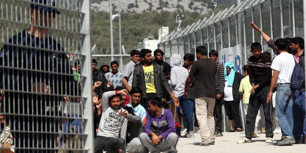Eurostat: Άδειες παραμονής σε 29.995 πολίτες εκτός ΕΕ εξέδωσε η Ελλάδα το 2017