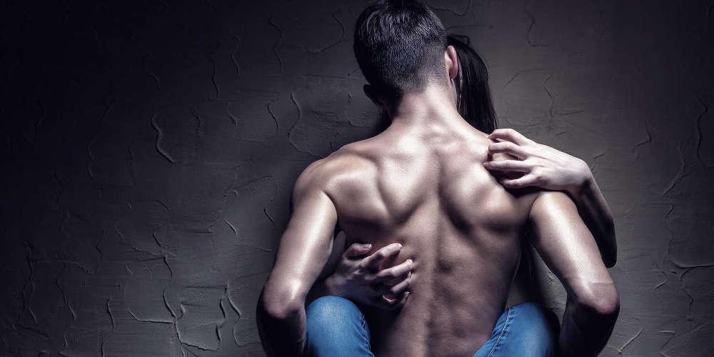 Αυτές είναι οι στάσεις και τα είδη σεξ που αγχώνουν άντρες και γυναίκες