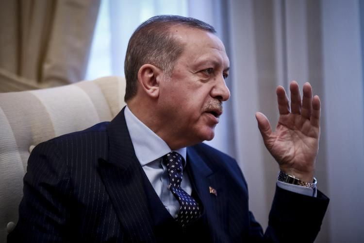http://www.eleftherostypos.gr/wp-content/uploads/2017/12/sunantisi-tsipras-erdogan-4.jpg