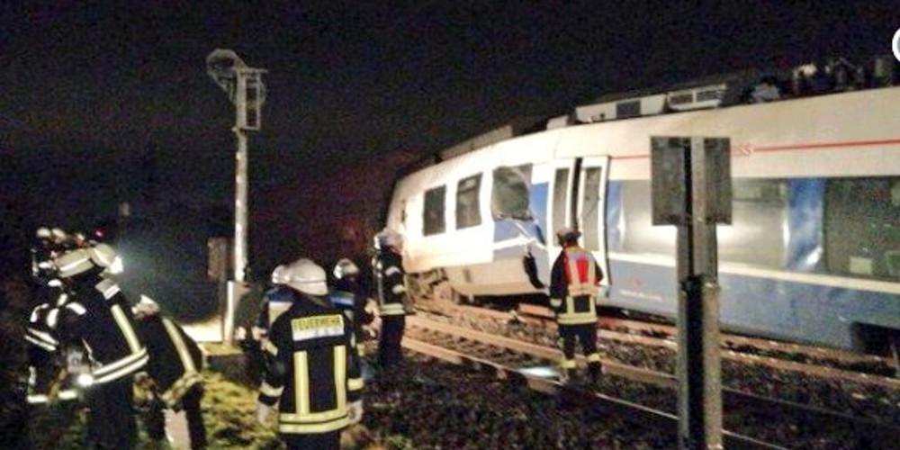 Σύγκρουση τρένων κοντά στο Ντίσελντορφ - Τουλάχιστον 50 τραυματίες