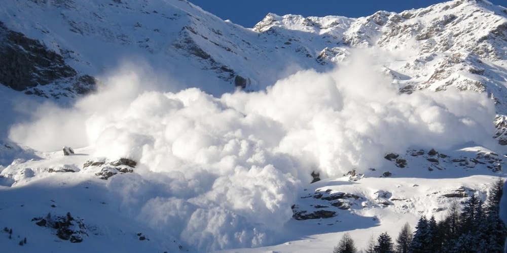 Δύο Γερμανοί σκοτώθηκαν από χιονοστιβάδα στο αρκτικό αρχιπέλαγος Σβάλμπαρντ