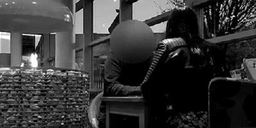 Ιδιοκτήτης διαμερίσματος ζητά σεξ έναντι ενοικίου [βίντεο]