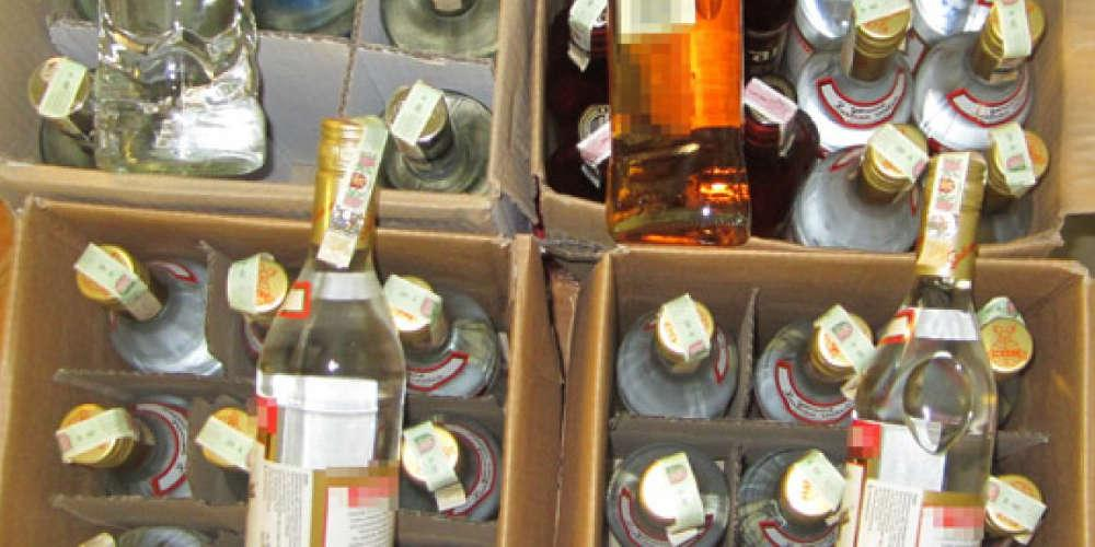 Εξήντα εννέα νεκροί στην Ινδία από κατανάλωση νοθευμένου αλκοόλ