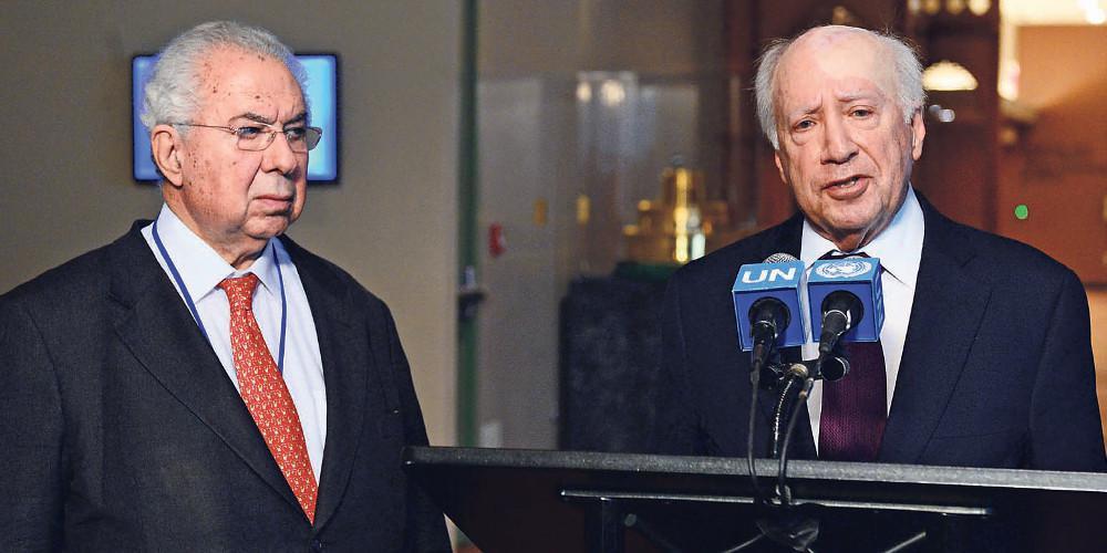 Σκοπιανό: Υπόνοιες για πολιτικούς και οικονομικούς κύκλους που προσπαθούν να τινάξουν στον αέρα τις διαπραγματεύσεις