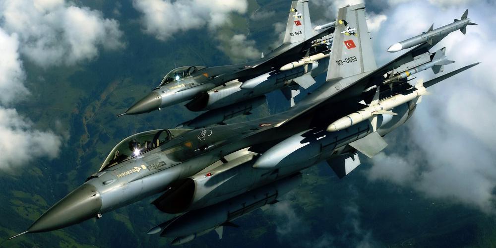 Ένταση στο Αιγαίο: 51 παραβιάσεις τουρκικών F-16 και CN-235 πριν την άφιξη Τσαβούσογλου