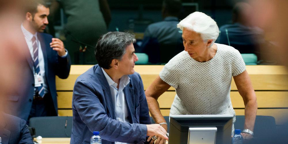 Ψυχρολουσία στην κυβέρνηση από τις «εντολές» του ΔΝΤ για τις συντάξεις