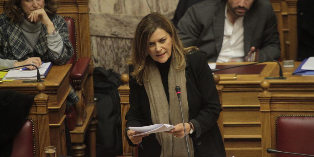 Spiegel: Η Αντωνοπούλου εκθέτει τον Τσίπρα