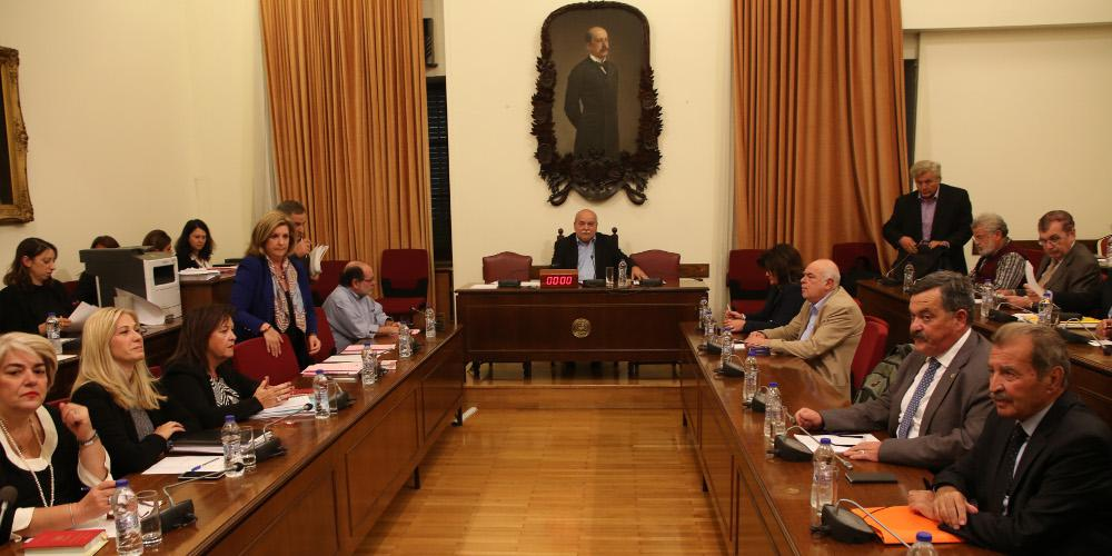Έκτακτη διάσκεψη των Προέδρων στη Βουλή για την υπόθεση Novartis