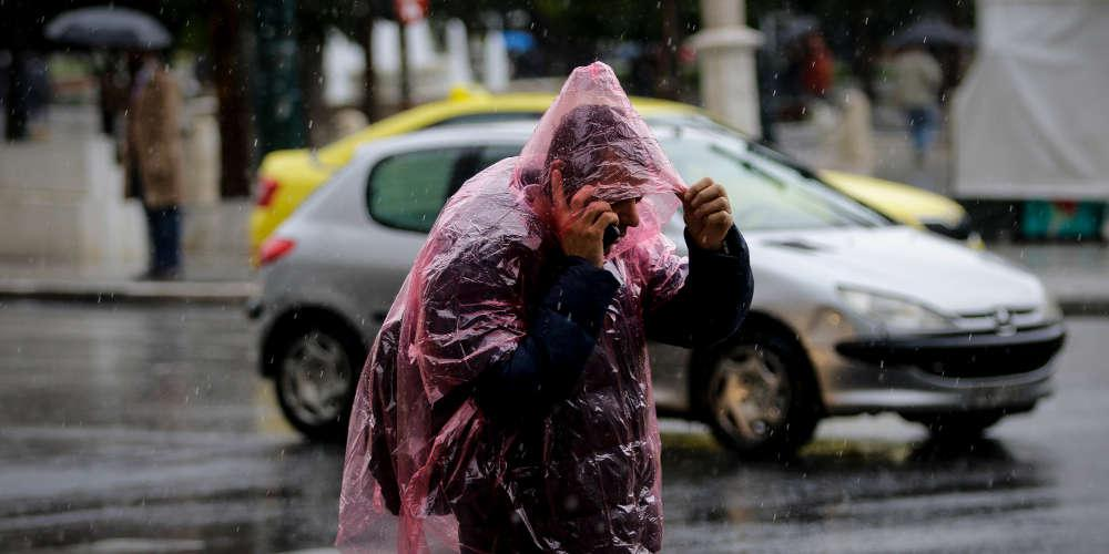 Σε εξέλιξη η νέα κακοκαιρία με βροχή και θυελλώδεις ανέμους - Έντονα φαινόμενα στην Αττική μετά το μεσημέρι