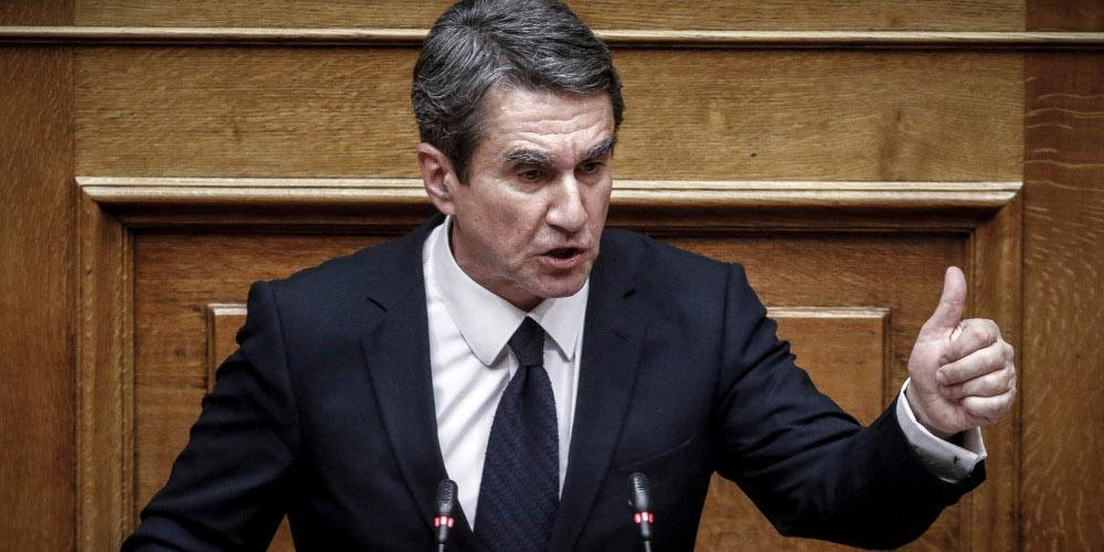 Live η συζήτηση στη Βουλή για Novartis - Να αρθεί η ασυλία του ζητά ο Λοβέρδος