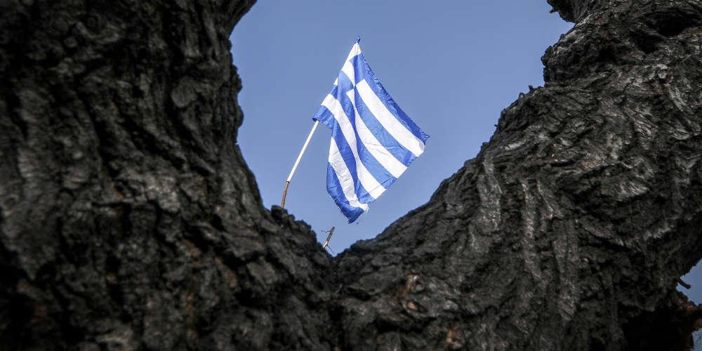 Θετικά μηνύματα για την ελληνική οικονομία από τους οίκους αξιολόγησης