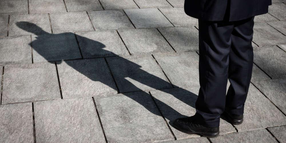 «Ο κουκουλοφόρος Β είμαι εγώ» - Η επιστολή ενός από τους πληροφοριοδότες για τη Novartis