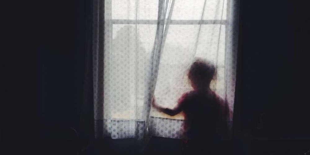 Φρίκη: Παππούς φέρεται να βίαζε για επτά χρόνια την εγγονή του