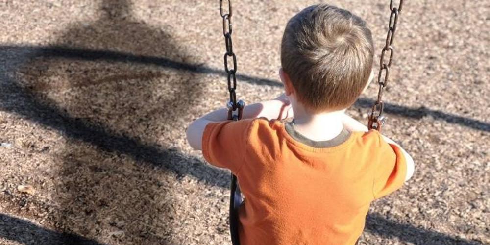 Αυξήθηκαν κατά 10% τα περιστατικά σωματικής κακοποίησης παιδιών
