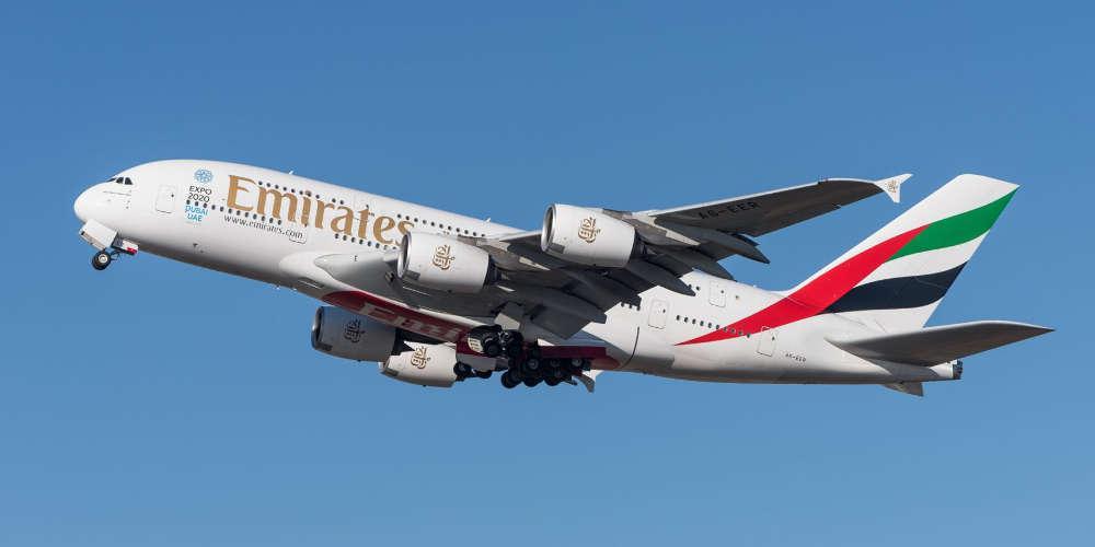 Προσλήψεις σε Αθήνα και Θεσσαλονίκη κάνει η αεροπορική εταιρεία «Emirates»